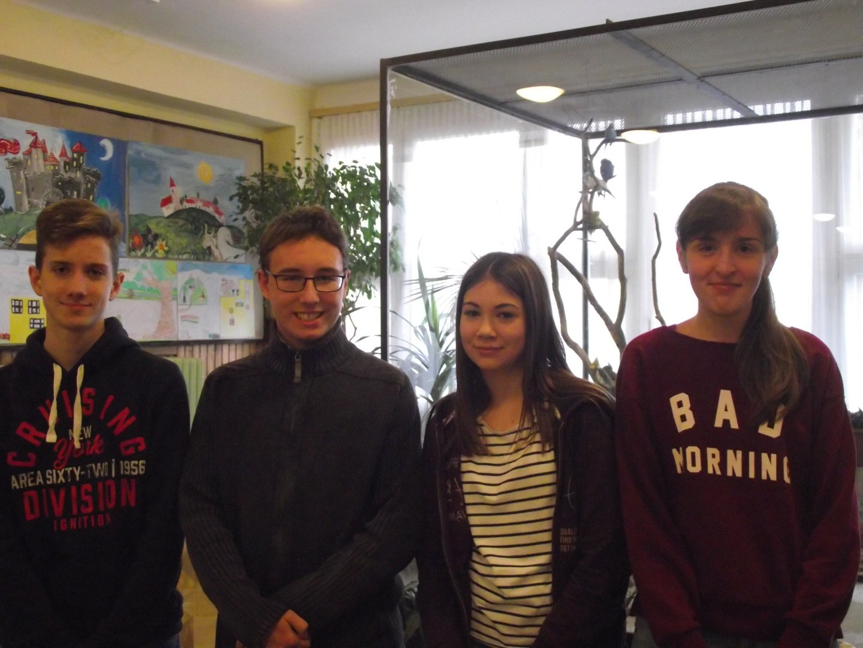 Bolyai anyanyelvi csapatverseny 2. helyezést elért csapat a 8. évfolyamon
