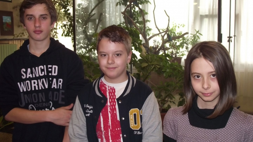 Kerületi komplex angol versenyen  Gergely Dorka 3.,Sánta Zsombor és Szabó Tamás 2. helyezést nyert