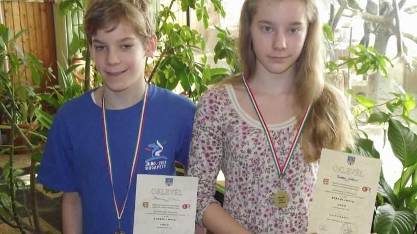 Barna Eszter a diákolimpia JUDO versenyén  első, Barna Zoltán ugyanezen a versenyen korcsoportjában második lett