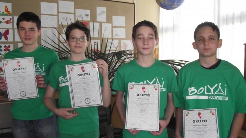 Bolyai természettudományi verseny területi fordulójának 3. helyezést elért csapata