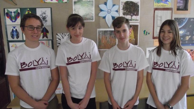Budapesti Bolyai anyanyelvi csapatverseny 2. helyezést elért 7.a osztályos csapata