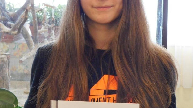 Tóth Renáta az országos angol nyelvi verseny fővárosi fordulójába jutott