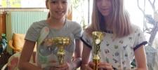 táncművészeti versenyeken Kedves Lili és Gilicze Sára 1. és 2. helyezettek lettek